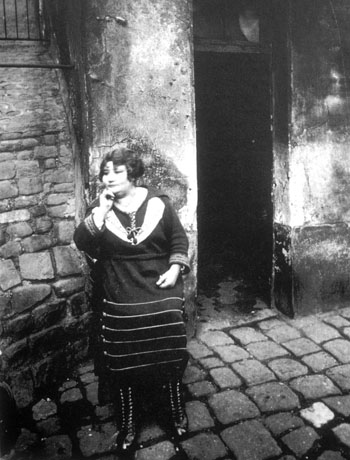 prostituta video eugene atget prostitutas