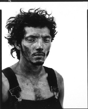 richard avedon roberto lopez oil field worker lyons texas september 28 1980
