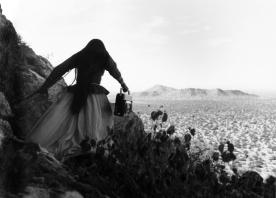 graciela_iturbide_mujer_angel_grande