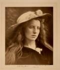 Julia_Margaret_Cameron_oenf_48_Julia Margaret Cameron (1815 - 1879) Ophelia, Study no. 2
