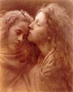 Julia_Margaret_Cameron_oenf_74_The_Kiss_of_Peace,_by_Julia_Margaret_Cameron