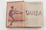 Danza MAÑANA No 444 01 03 52 pp40-41. Alguna vez fuimos humanos MAÑANA No 393 10 3 51 pp44-45. Foto © Óscar Colorado (Con autorización de la Hemeroteca Nacional, UNAM)