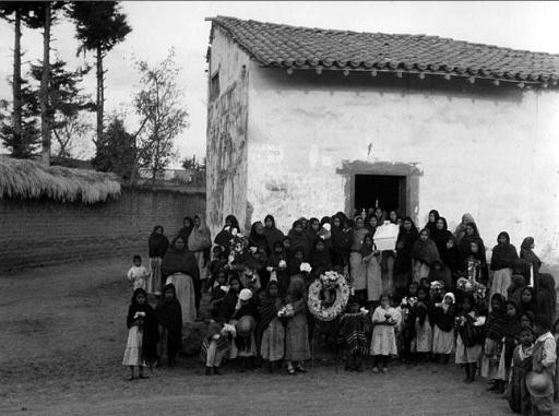 Manuel Álvarez Bravo. Enterramiento en Metepec (1932)