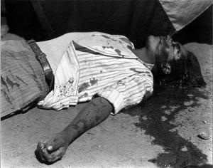 Manuel Álvarez Bravo. Obrero en huelga, asesinado (1934)