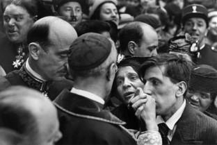 Cardenal Pacelli, Montmartre, París, 1938 Henri Cartier-Bresson