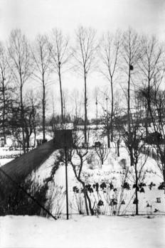 Chouzy-sur-Cissé, France 1944 Henri Cartier-Bresson