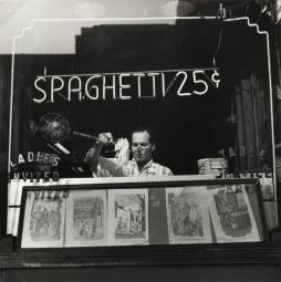 Wyman, Spaghetti 25 Cents, New York, 1945, gelatin silver print. The Jewish Museum
