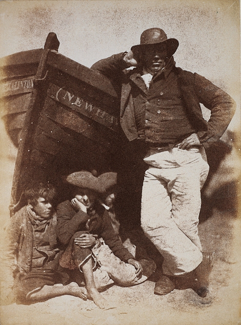 David Octavius HIll & Robert Adamson. Sandy -or James Linto- hist boat and birns. (1834-1846)
