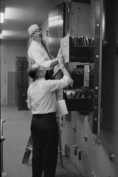 Ensayo %22Bankers Trust Company%22 Nueva York 1960 Henri Cartier Bresson 6