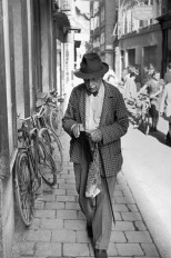 Getreidegasse, Salzburgo, Austria 1953 Henri Cartier-Bresson