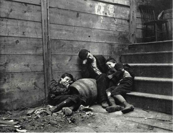 New York Photographer Photographs Own Kids