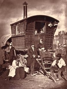John Tomson. London Nomades. (ca. 1873)