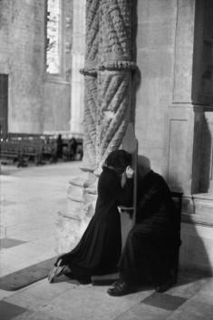 Monasterio Jerónimos, Belém, Lisboa, Portugal 1955 Henri Cartier-Bresson