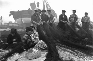 Nazare, Portugal 1955 Henri Cartier-Bresson