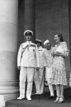 El Primer Ministro Nehru con Lord y Lady Mountbatten, Casa de Gobierno, Delhi 1948 Henri Cartier-Bresson