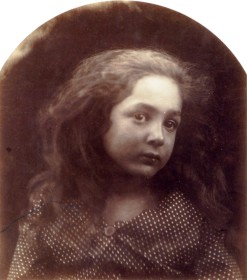 A_Child's_Head_'Little_Bee',_by_Julia_Margaret_Cameron