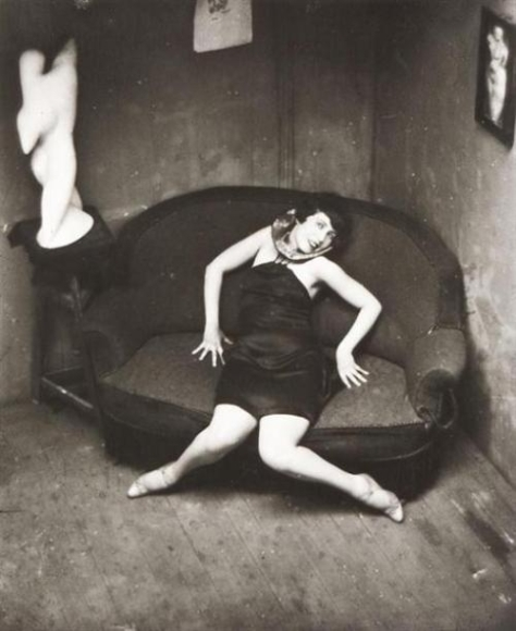 Andre Kertesz_Satiric Dancer, 1926