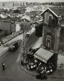 Bistro at Arcueil Robert Doisneau 1945