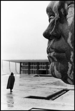 BRAZIL. Brasilia. 1961.cElliott Erwitt