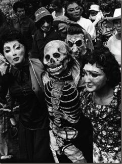 Graciela Iturbide 391169_GracielaIturbide-Procesión