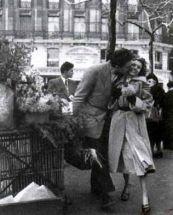 The Bouquet of Daffodils Robert Doisneau, 1950