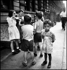 USA. New York. 1946.Elliott Erwitt