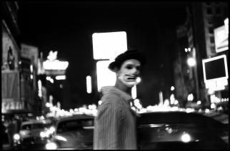 USA. New York. Times Square. 1953.Elliott Erwitt