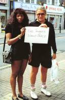 gillian-wearing-signs-that-say-what-you-want-them-to-say-and-not-signs-that-say-what-someone-else-wants-you-to-say-1992-1993