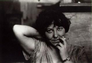 alexander-rodchenko-varvara-stepanova-with-a-cigarette-1924