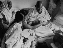 Margaret_Bourke-White_Gandhi_7