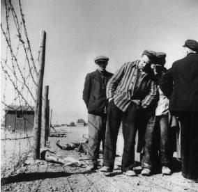 Margaret_Bourke-White_wwii_camps_8