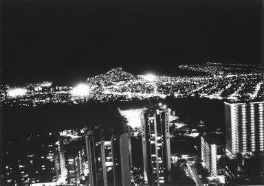 Daido_Moriyama_oenf_34