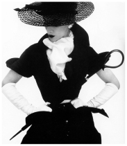irving_penn_oscarenfotos_16lisa-fonssagrives-in-hat-by-lilly-dachc3a8-photo-by-irving-penn-new-york-vogue-april-1-1950