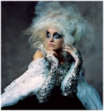 irving_penn_oscarenfotos_haute-couture-fw-2007-caroline-trentini-by-irving-penn-for-vogue-us-november-2007-pst