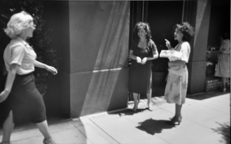 Garry_Winogrand_3_beverly-hills-california-1980-a_22