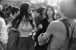 Untitled from Women are Beautiful1971_Garry_Winogrand_Women_Are_Beautiful_122