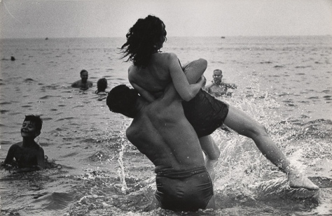 Warri_Winogrand_2--Coney-Island--New-York--1952-Winogrand_13