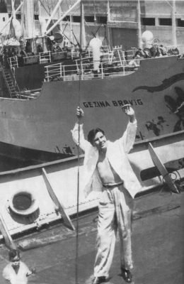 Fotógrafo desconocido. Héctor García visita el puerto de Nueva York. (1944)