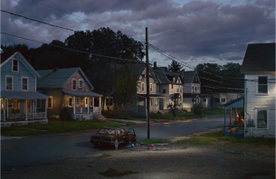 gregory_crewdson_beneath_the_roses_7