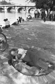 Paris. 1956.