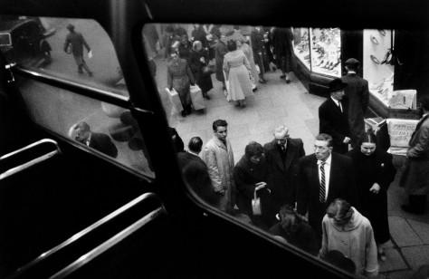 GB. ENGLAND. London. Oxford Street. 1958-1959.