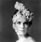 cecil_beaton_julie_andrews_2