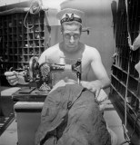 cecil_beaton_war_10_royal-navy-sailor-web