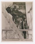 Fotógrafo no identificado. Diego Rivera en el Palacio de Cortés, Cuernavaca (1929)
