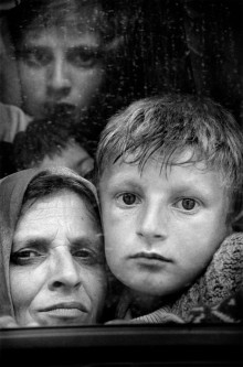 Kosovan refugees at the border of MACEDONIA. 1999.
