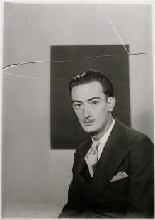 Salvador Dalí por Man Ray