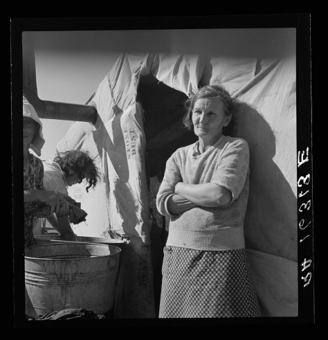 dorothea_lange_Oklahoma grandmother in southern California squatter's camp Yes'm we're getting along just fine_mar1937