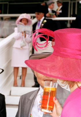 G.B. ENGLAND. Epsom. The Derby. 2004. Contact email: New York : photography@magnumphotos.com Paris : magnum@magnumphotos.fr London : magnum@magnumphotos.co.uk Tokyo : tokyo@magnumphotos.co.jp Contact phones: New York : +1 212 929 6000 Paris: + 33 1 53 42 50 00 London: + 44 20 7490 1771 Tokyo: + 81 3 3219 0771 Image URL: http://www.magnumphotos.com/Archive/C.aspx?VP3=ViewBox_VPage&IID=29YL534AEJNY&CT=Image&IT=ZoomImage01_VForm